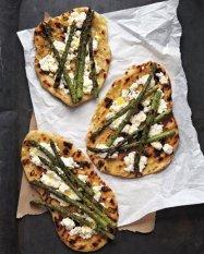 med105744_0710_grilled_asparagus_vert